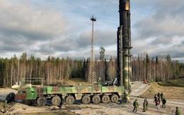 Thùng chống cháy không ngăn được tên lửa Nga phát nổ