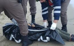 Hình ảnh thảm khốc: Nhiều thi thể trẻ em trôi dạt vào bờ biển Thổ Nhĩ Kỳ