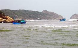 Cứu tàu câu cá ngừ Bình Định gặp nạn trên biển