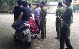 Nhóm trai làng vào trường doạ bắn bảo vệ vì không cho chơi với nữ sinh