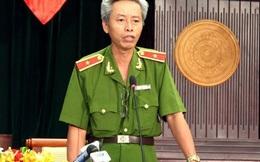 """Thưa Thiếu tướng Phan Anh Minh, cái nào bé xíu bằng """"móng tay""""?"""
