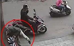 Trộm xe máy, đóng biển giả, mang... tặng người yêu