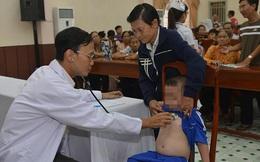 Bệnh viện ĐH Y Dược TPHCM: Phẫu thuật và can thiệp tim miễn phí cho trẻ em nghèo