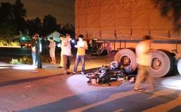 Bình Dương: Băng xe qua ngã tư, nam thanh niên bị xe container cán tử vong