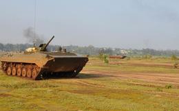 Bộ binh cơ giới Việt Nam diễn tập đánh địch đổ bộ đường không