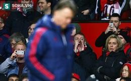 """Van Gaal đã """"sống dai dẳng"""" như thế nào ở Man United"""