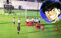 """CLIP: Đội bóng Nhật Bản đá phạt """"dị"""" như truyện tranh"""