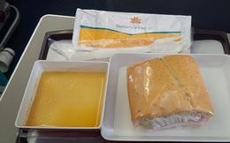 'Bán cơm' cho hãng hàng không Vietjet Air và Vietnam Airlines thu về hàng trăm tỷ