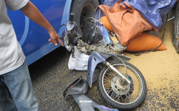 Nghệ An: Kinh hoàng xe khách và xe tải ép xe máy, nam thanh niên nguy kịch