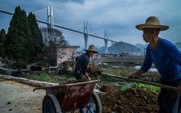 """Góc khuất phía sau những cây cầu """"đệ nhất thiên hạ"""" của Trung Quốc"""
