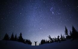 Giải mã bí ẩn: Có hàng tỷ ngôi sao trong vũ trụ mà bầu trời về đêm lại vẫn tối?