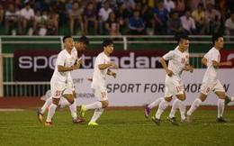 """Malaysia hớ hênh, U23 Việt Nam được """"biếu không"""" bàn thắng ngay giây 40"""
