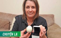 Ăn trứng gà luộc, người phụ nữ bất ngờ cắn phải kim cương