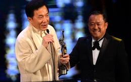Trên phim toàn đóng vai phụ nhưng đây là ông trùm khét tiếng mà Thành Long, Lưu Đức Hoa phải nể sợ
