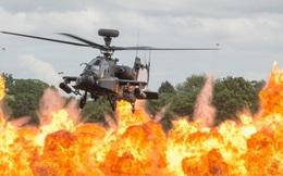 24h qua ảnh: Trực thăng Apache bay lượn trên biển lửa