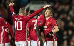 """""""Kẻ bị bỏ rơi"""" lập công, Man United tạo mưa bàn thắng ở Old Trafford"""