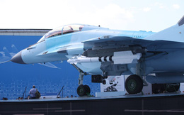 Từ Nga: Loạt ảnh cận cảnh MiG-35 lần đầu lộ diện tại MAKS 2017