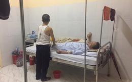 Cụ ông chạy xe 30km vào viện chăm anh trai 90 tuổi và lời đề nghị gây xúc động