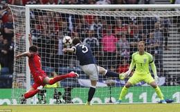 """Nhận 2 """"đòn hiểm"""" trong 4 phút, ĐT Anh suýt ôm hận trước Scotland"""