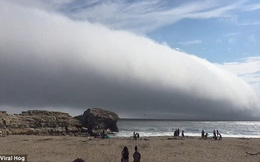 Đám mây lạ như sóng cuộn trên trời bất ngờ xuất hiện tại California