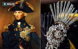 """Chiếc huân chương đính hơn 300 viên kim cương bị """"nguyền rủa"""": Ai sở hữu đều gặp bi kịch!"""