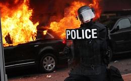 7 ngày qua ảnh: Người biểu tình đốt xe limo phản đối tân Tổng thống Mỹ Trump