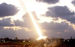 """Mỹ muốn mua hệ thống đánh chặn """"Vòm sắt"""" của Israel, chuyên gia khuyên: Đừng có dại!"""
