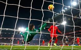 Liverpool nhận kết quả cay đắng, Man United sáng cửa giành cúp thứ 2 cùng Mourinho