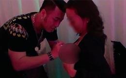 Hành động gây tranh cãi của ca sĩ Akira Phan với khán giả nữ