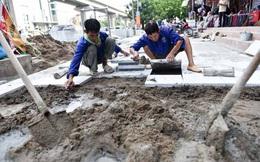 Chủ tịch Nguyễn Đức Chung yêu cầu kiểm tra, làm rõ việc lát đá vỉa hè