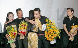 Tuấn Hưng và vợ con vào Sài Gòn chúc mừng Hạnh Sino ra MV mới