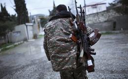 2.600 chiến binh Syria nộp súng đầu hàng ở ngoại ô Damascus