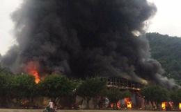 Cháy chợ ở cửa khẩu Tân Thanh, cột khói bốc cao hàng trăm mét