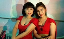 Tiểu phẩm hài Việt Hương diễn chung em gái nóng bỏng