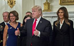 """Tổng thống Trump họp với loạt tướng lĩnh cấp cao, úp mở về """"khoảng lặng trước cơn bão"""""""