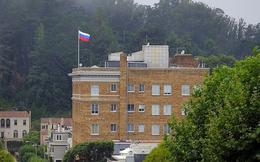 """Mỹ nói hạ quốc kỳ Nga ở lãnh sự quán San Francisco theo cách """"tôn trọng"""""""