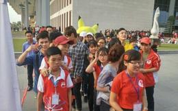 Suýt sập khán đài vì Nguyễn Love - Kem Xôi TV tại lễ hội Xuân Hồng