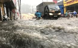 Hàng loạt chuyến bay tại Tân Sơn Nhất bị ảnh hưởng do mưa lớn bất thường