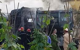 Phú Thọ: 4 xe ô tô bốc cháy dữ dội sau vụ tai nạn liên hoàn