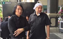 Dù bác sĩ cảnh báo về sức khỏe nhưng NSƯT Minh Vương vẫn đến viếng đám tang vợ cũ