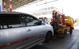 Cẩu xe của tài xế dùng tiền lẻ qua BOT Cai Lậy vì không chịu ra trạm riêng để trả tiền vé
