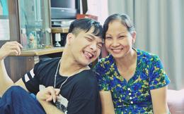 Cậu con trai 24 tuổi và câu hỏi khiến người mẹ rưng rưng nước mắt