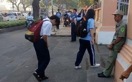 """Học sinh Lê Hồng Phong và hành động trước cổng trường """"gây bão"""" mạng xã hội"""