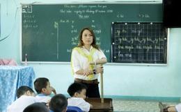 Mỹ Tâm hào hứng làm cô giáo trong buổi từ thiện