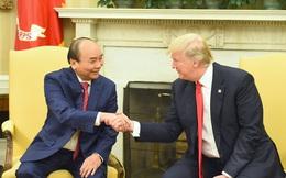 Thủ tướng Nguyễn Xuân Phúc và Tổng thống Donald Trump trao đổi về khả năng tàu sân bay Hoa Kỳ thăm cảng Việt Nam