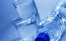 Chuyên gia cảnh báo: Nhiều người đang uống nước sai cách, có thể gây ngộ độc nước