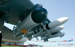 """Nga phát triển máy bay chiến đấu T-50 thành""""sát thủ"""" diệt tàu"""