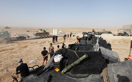 """Quân đội Iraq chỉ còn """"vài chục mét"""" là giành lại được Mosul"""