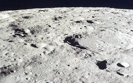 Phát hiện bất ngờ: Mặt trăng chứa đầy nước