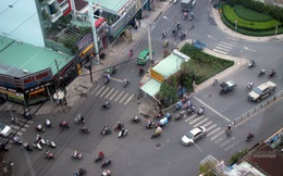 Trong ngôi nhà 4 mặt tiền độc nhất Sài Gòn có gì?